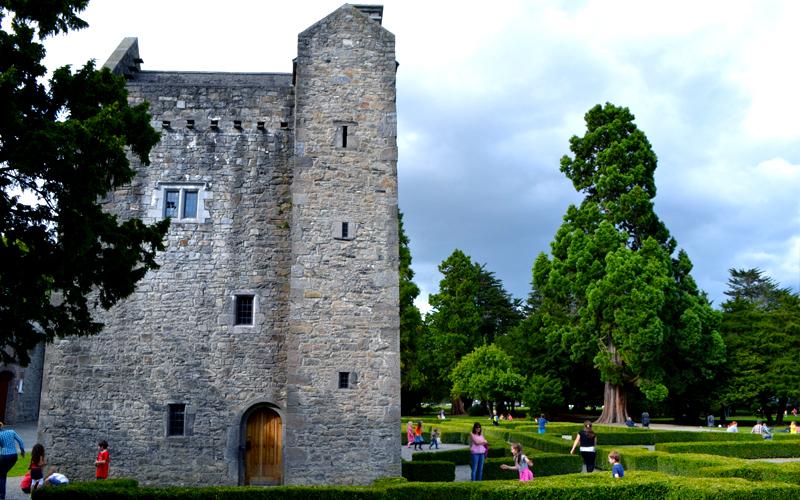 Ashtown Castelo é uma torre medieval