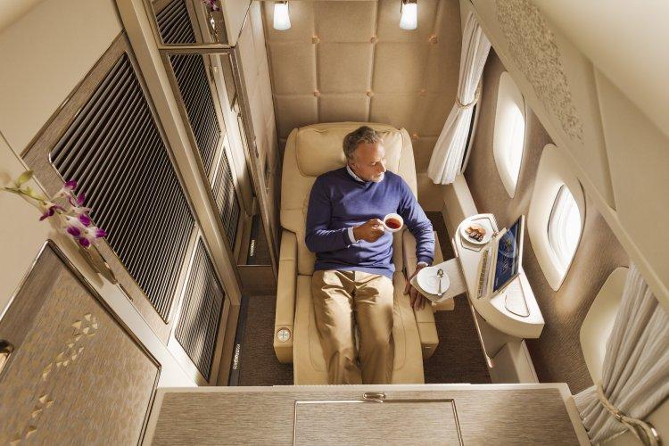 Emirates Suites com janelas virtuais